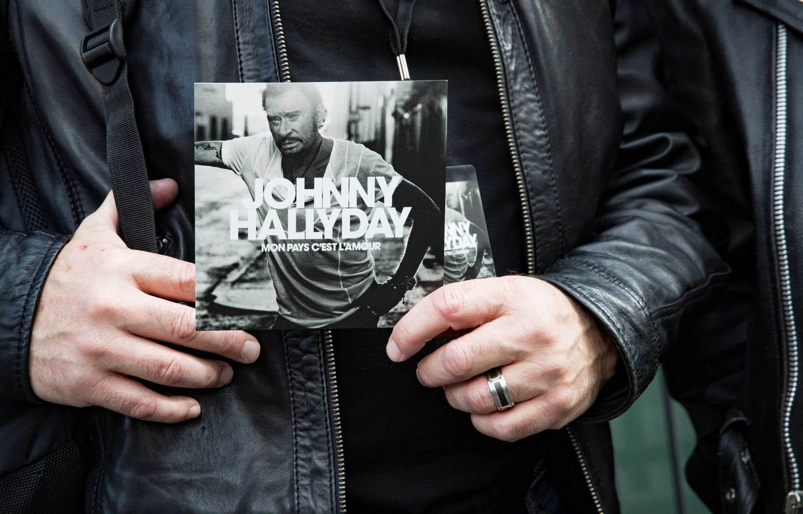 Chez Warner Music, on s'attend à ce que l'album soit disque de platine (100000 exemplaires) dès la mise en vente à minuit, grâce aux précommandes.
