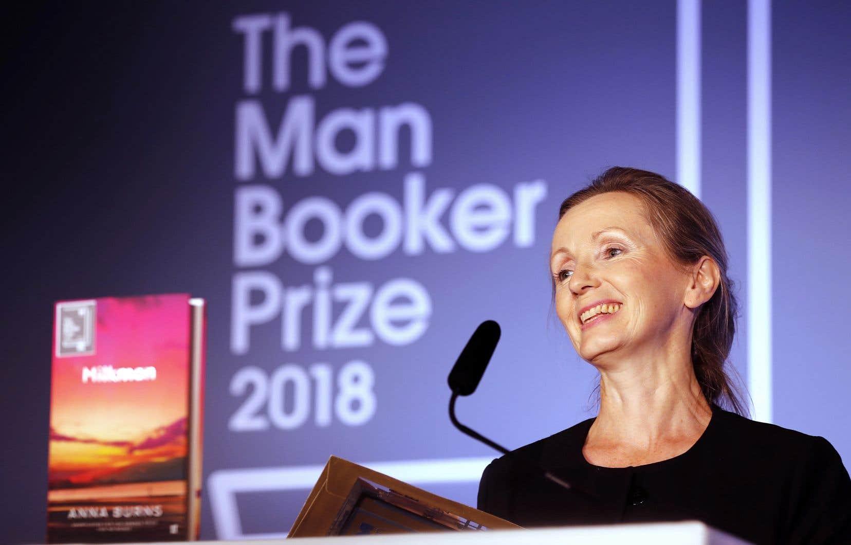 Anna Burns s'est vu remettre le prix Booker pour son roman «Milkman» mardi.