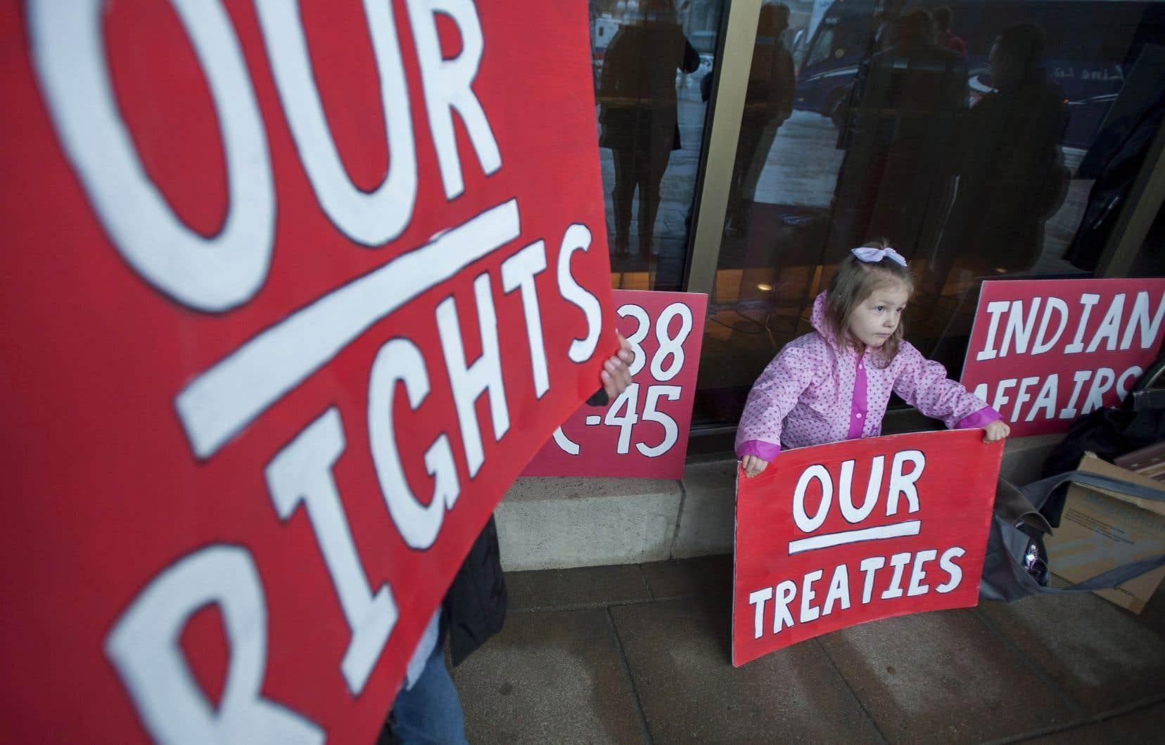 La Cour suprême du Canada vient de statuer que le gouvernement n'a pas à consulter les Premières Nations avant de statuer sur quoi que ce soit.