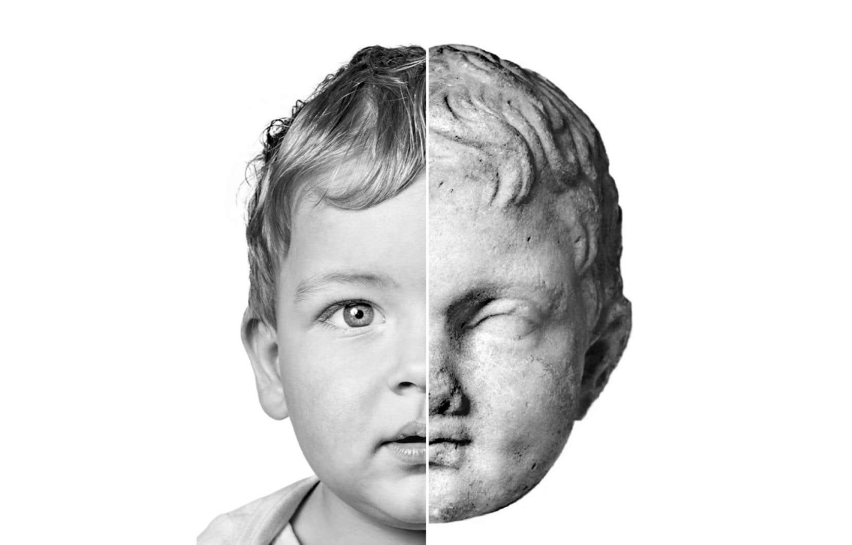 À gauche, Justin Verret, né à Québec en 2016. À droite, un fragment de statue représentant un enfant rieur (entre 300 et 101 av. J.-C.) qui fait partie de la collection du Musée d'art et d'histoire de Genève.