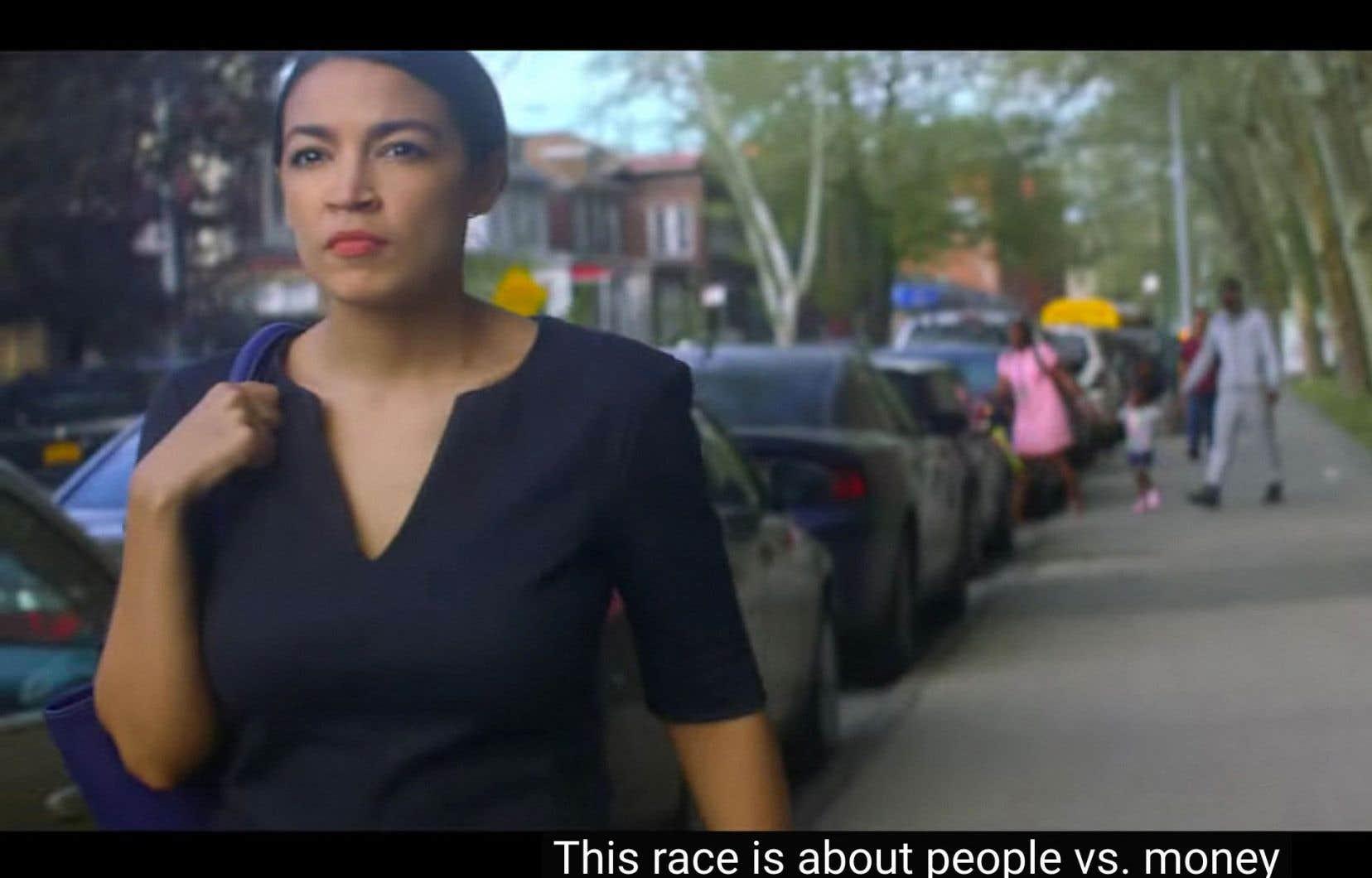 La novice en politique Alexandria Ocasio-Cortez est assurée de faire son entrée à la Chambre des représentants à l'issue des «midterms».