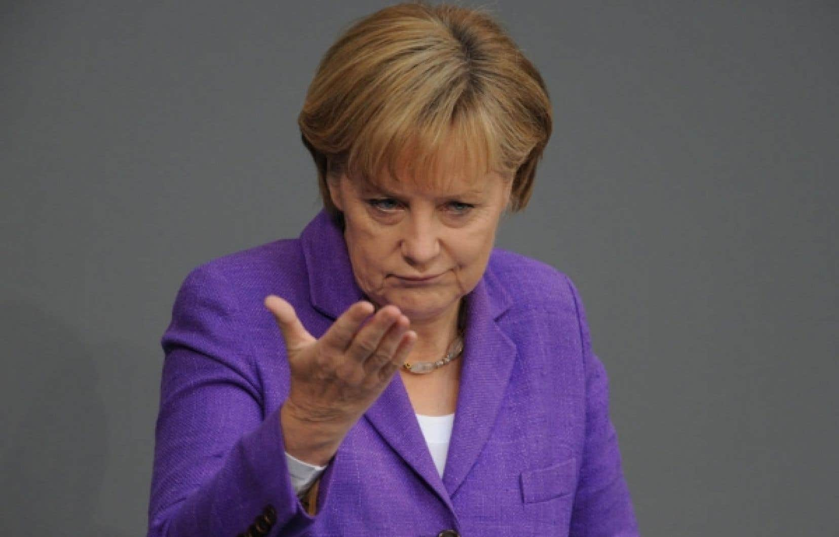 La chancelière allemande, Angela Merkel, a indiqué hier que «nous aborderons l'organisation au niveau européen d'une contribution du secteur financier, afin que les gens aient le sentiment d'une certaine justice».