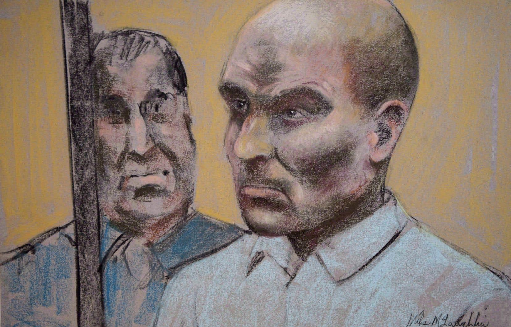 <p>Le ministère public suggère notamment l'annulation de la condamnation de Bertrand Charest sur un chef d'agression sexuelle lors d'un voyage avec une plaignante en Nouvelle-Zélande.</p>