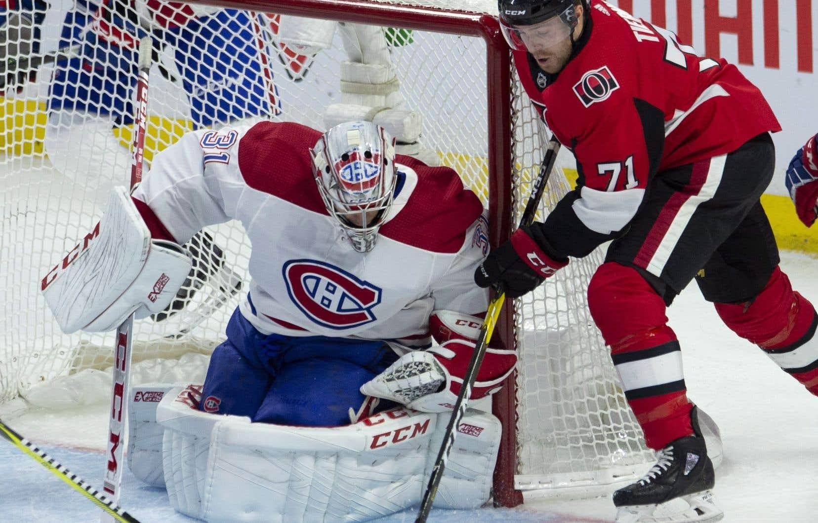 Carey Price a effectué 30 arrêts, mais est resté coincé à 288 victoires en carrière — une de moins que Patrick Roy, qui occupe le deuxième rang dans l'histoire du Canadien.