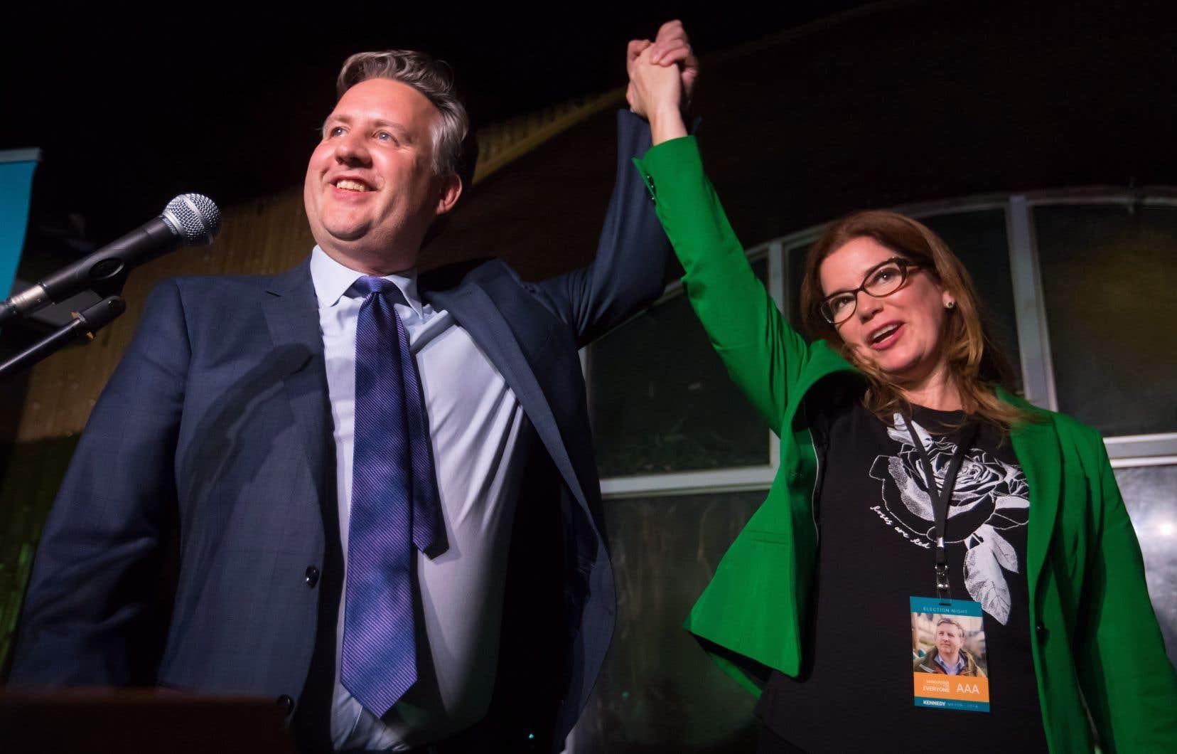 L'ancien député fédéral néo-démocrate Kennedy Stewart a remporté une course extrêmement serrée à la mairie de Vancouver.