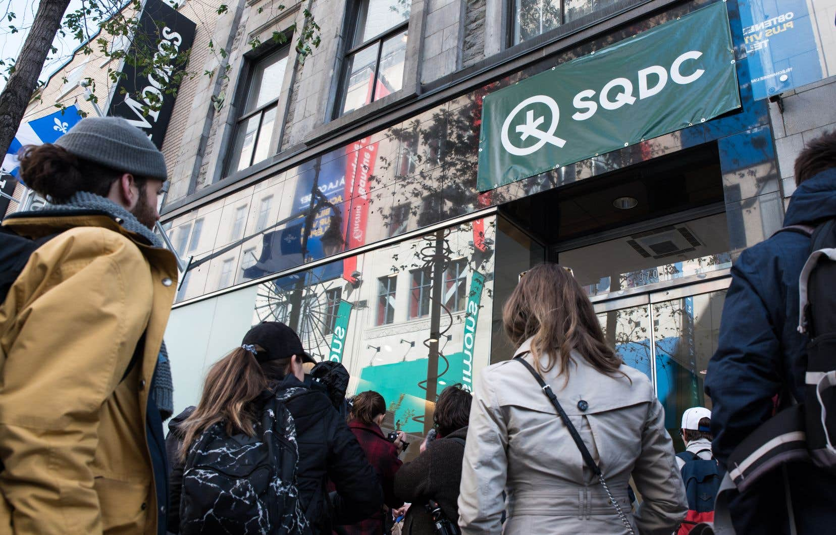 Depuis le jour un de la légalisation du cannabis au Canada, la SQDC a enregistré près de 140 000 transactions dans l'ensemble de ses succursales et sur son site Web.