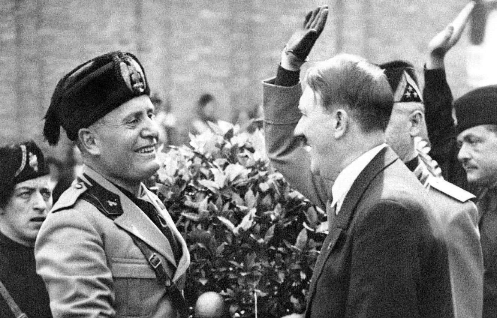 Si elle se méfie plutôt d'Hitler, la presse canadienne-française est, en règle générale, mieux disposée envers Mussolini. À Québec, même un journal plus libéral comme «Le Soleil» va jusqu'à inscrire Mussolini dans la suite logique d'Alexandre le Grand, de César et de Napoléon.