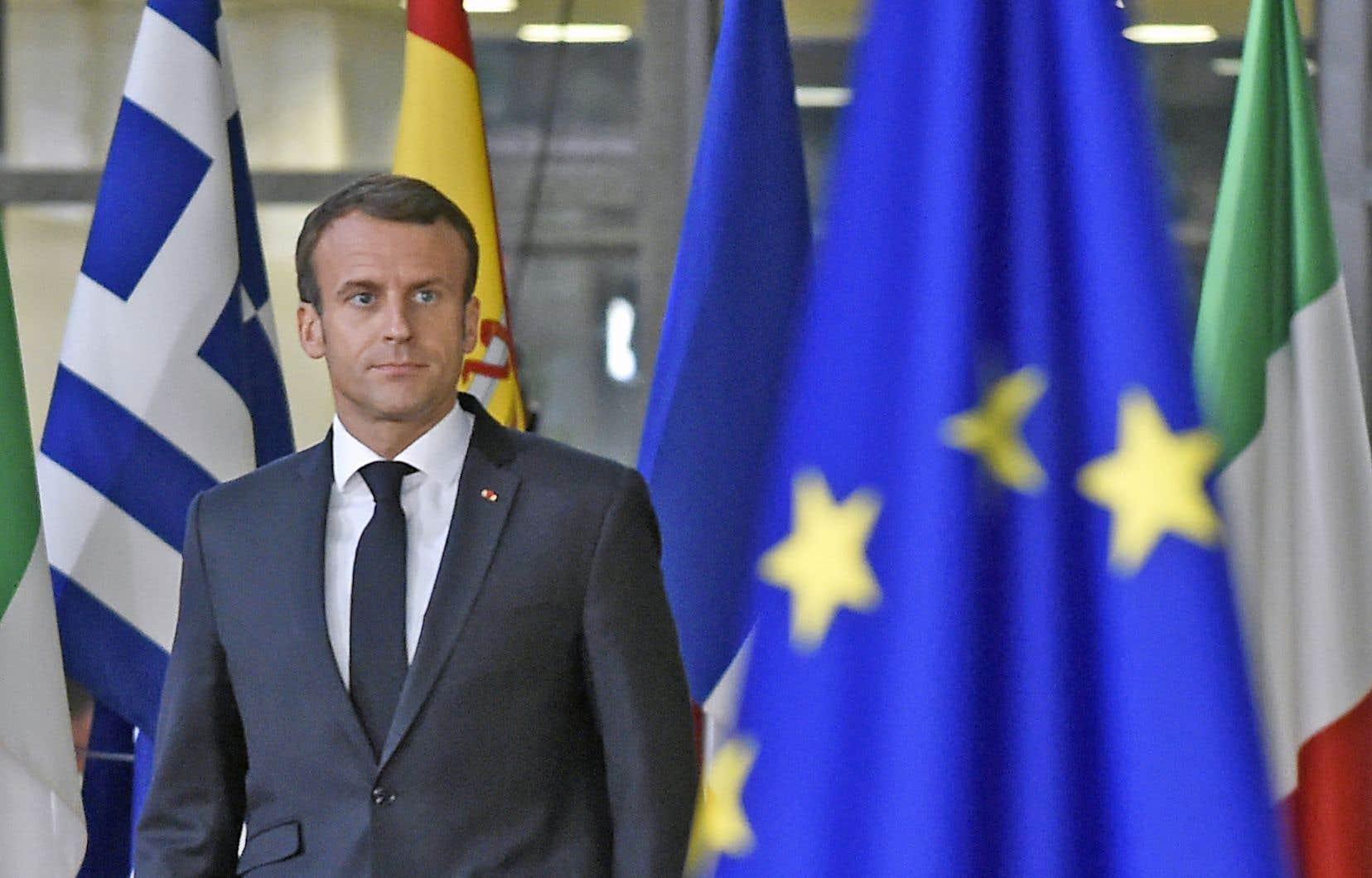 Après un an et demi de réformes, souvent dans la ligne directe de celles que prévoyait François Hollande, Emmanuel Macron n'est parvenu à faire baisser le chômage que de 1%.