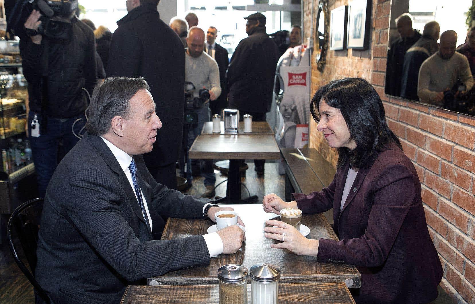 Valérie Plante et François Legault photographiés dans un restaurant près de l'hôtel de ville