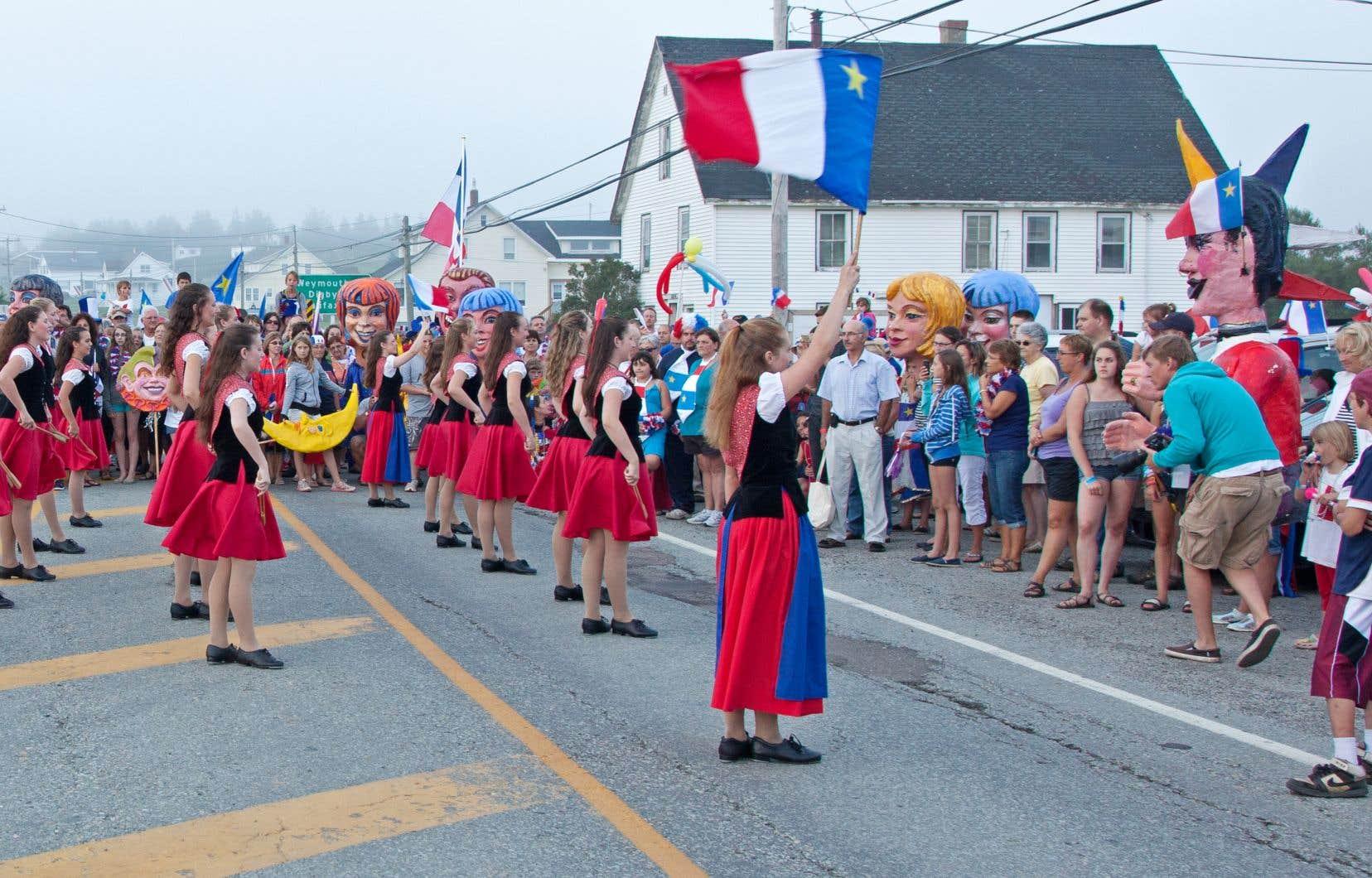 En étant plus présents dans l'espace public, les francophones et Acadiens contribueront à faire tomber les préjugés à leur endroit.