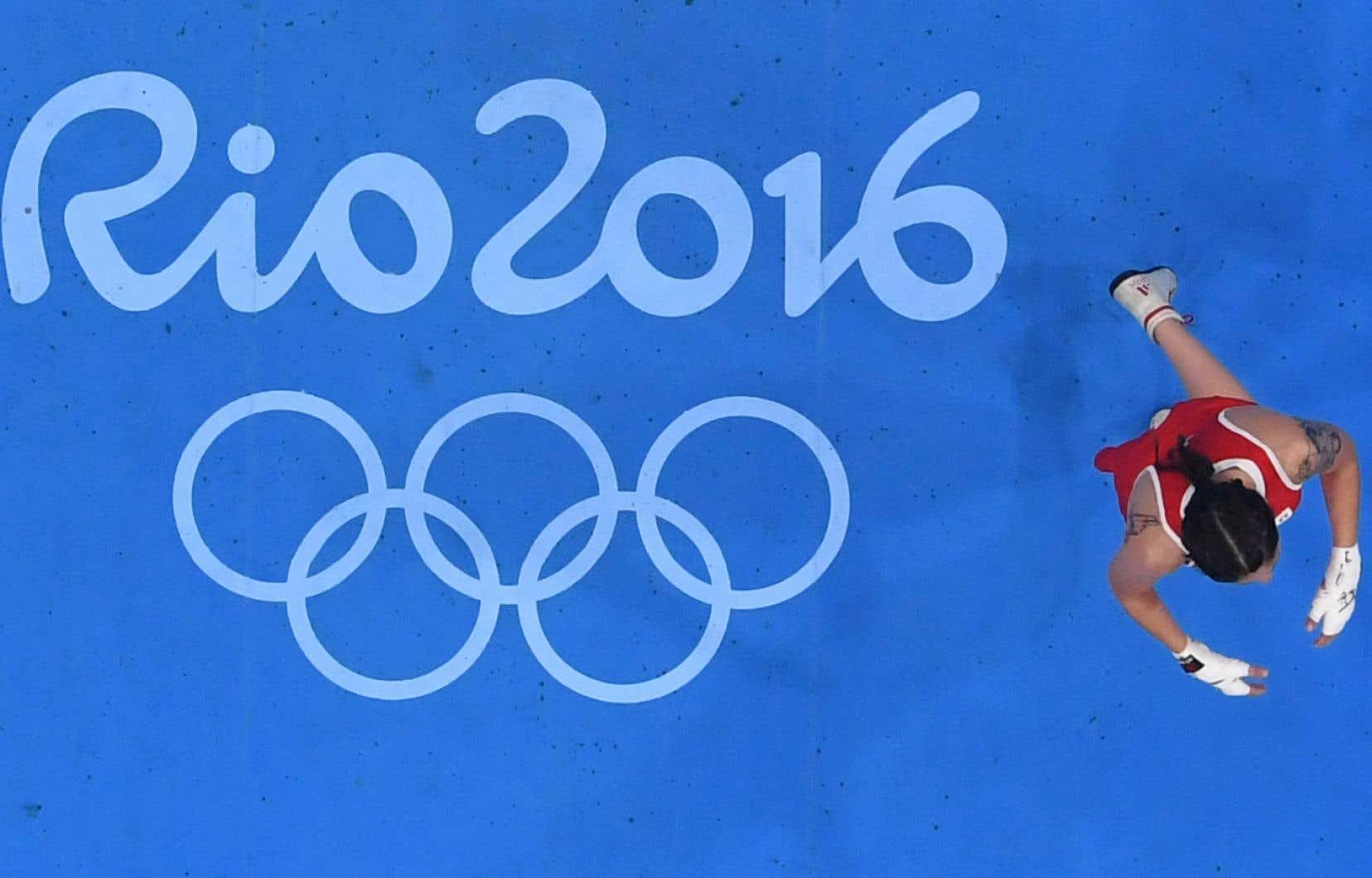 La perspective de ne pas voir de boxeurs aux JO 2020 effraie de nombreux acteurs de ce sport olympique historique.
