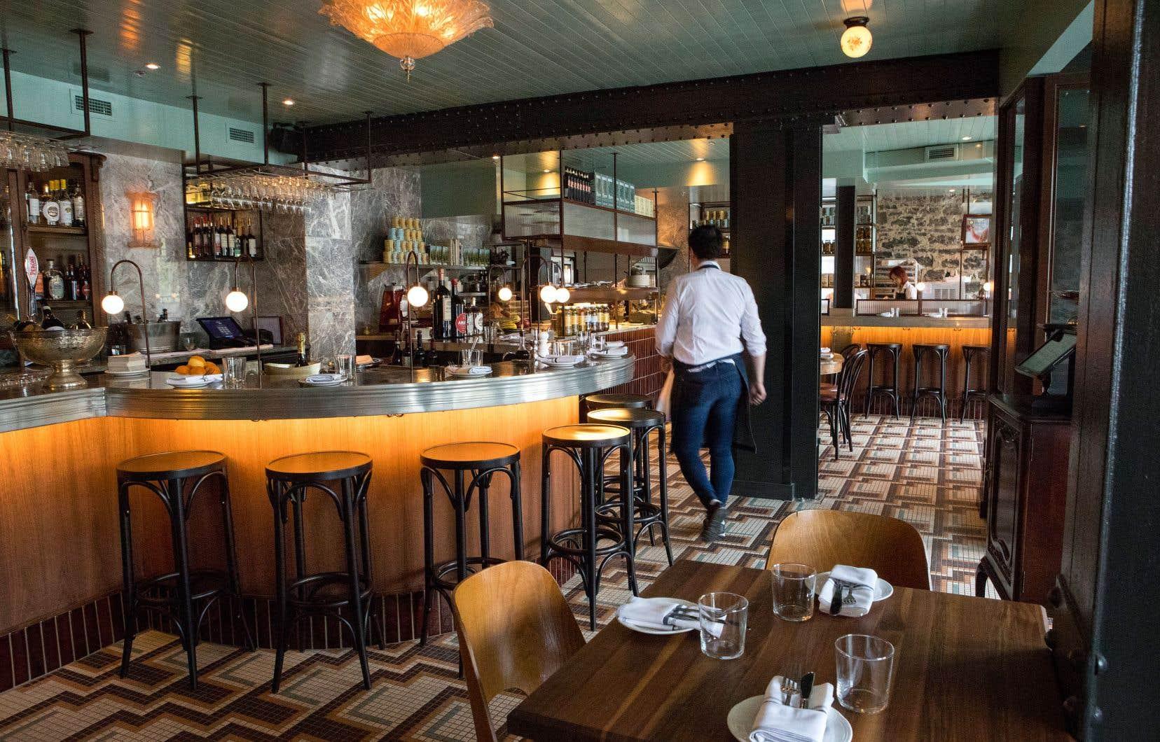Un très joli endroit que ce Un Po' di Più: décor soigné, service chaleureux et propositions de restauration invitantes.