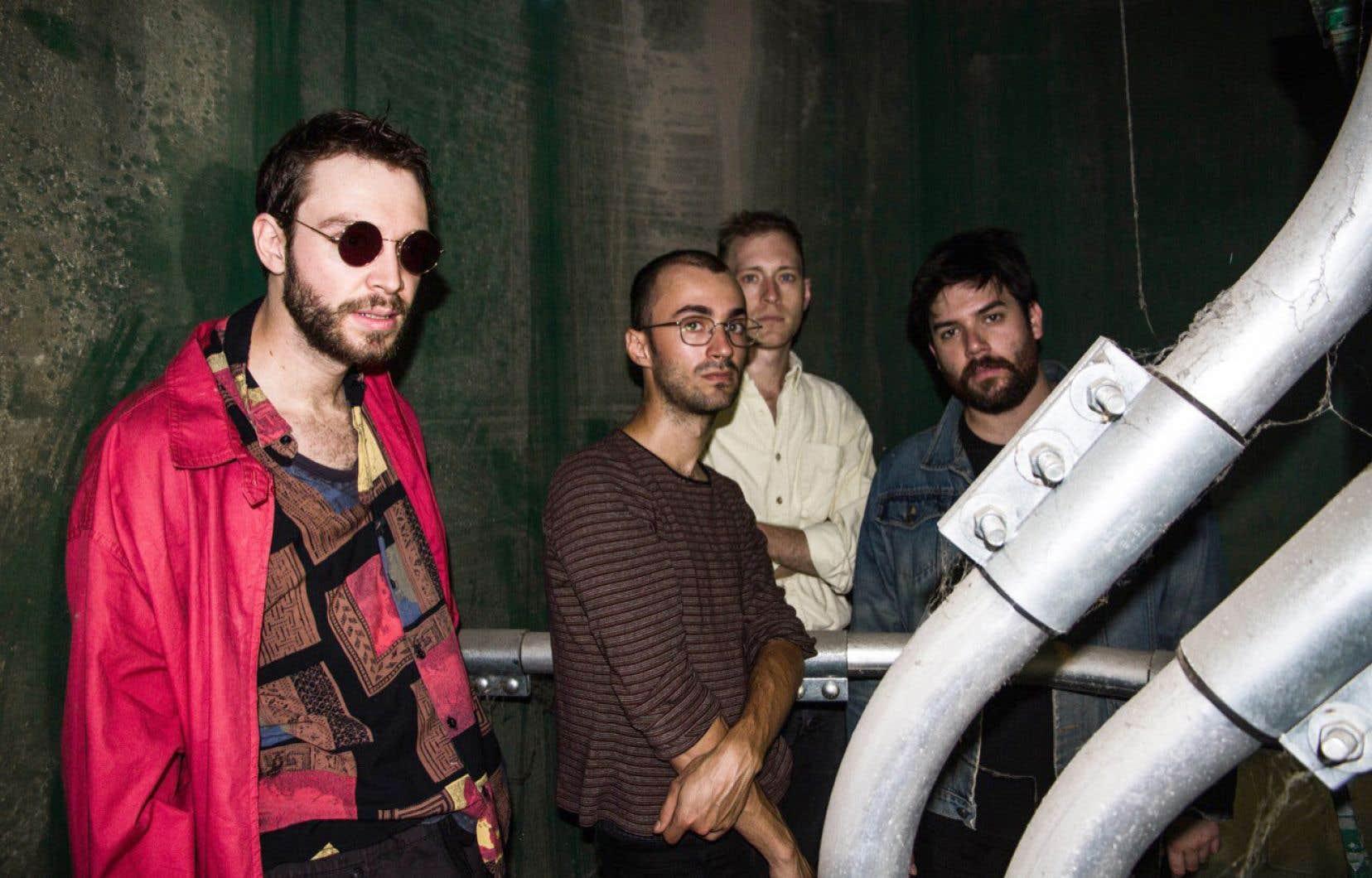 Le groupe post-punk naïf Bleu nuit
