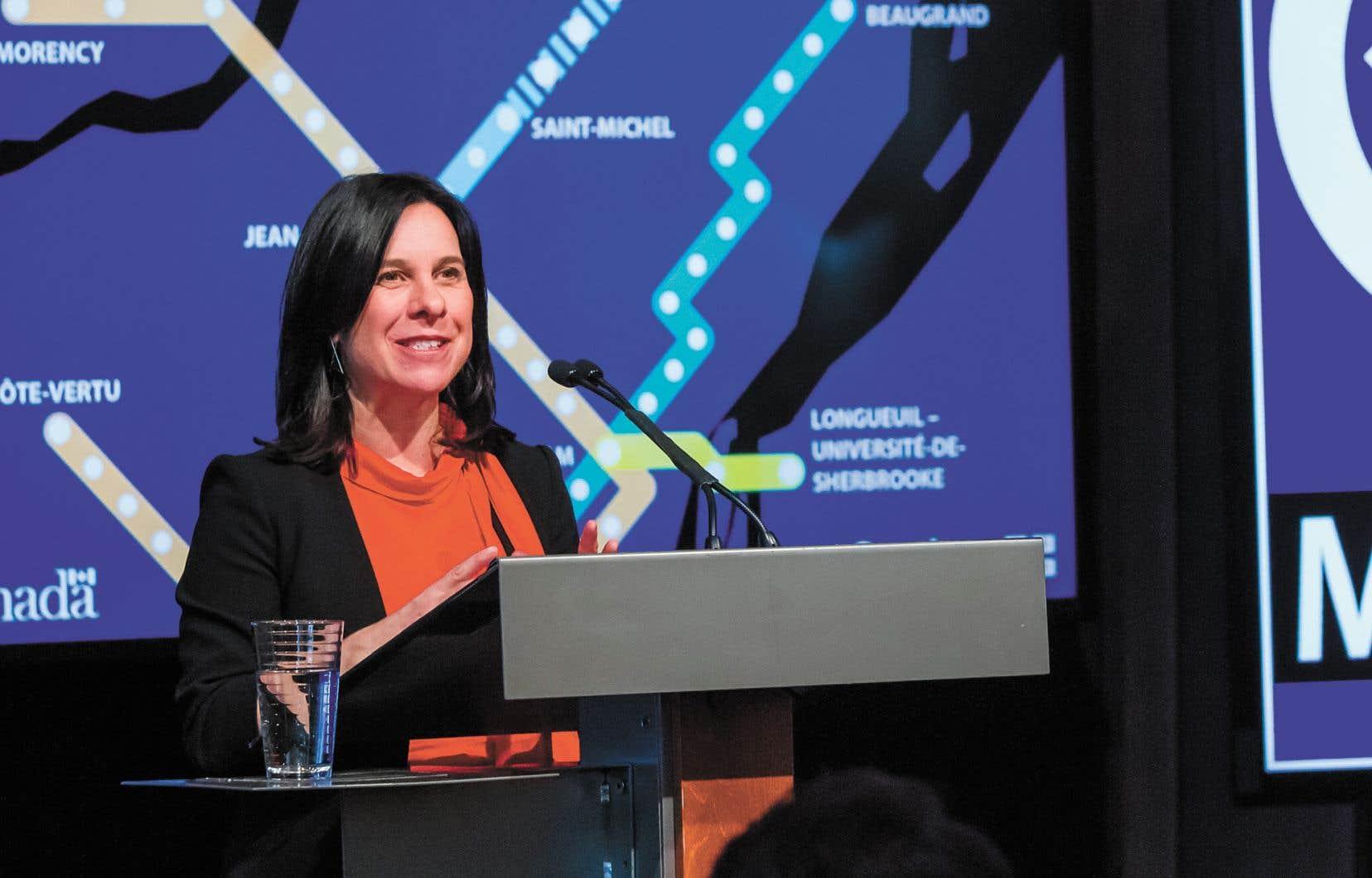 La mairesse de Montréal, Valérie Plante, lors de l'annonce du prolongement de la ligne bleue du métro de Montréal, en avril dernier
