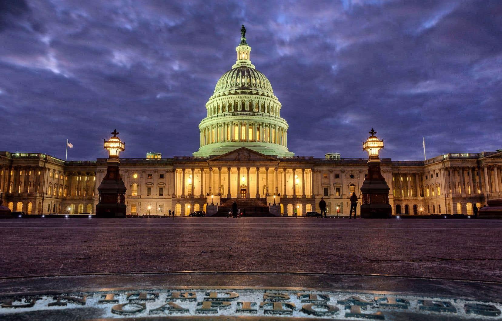 Les Américains étaient appelés à renouveler la Chambre des représentants et une partie du Sénat, mardi, deux ans après l'élection de Donald Trump à la présidence du pays.