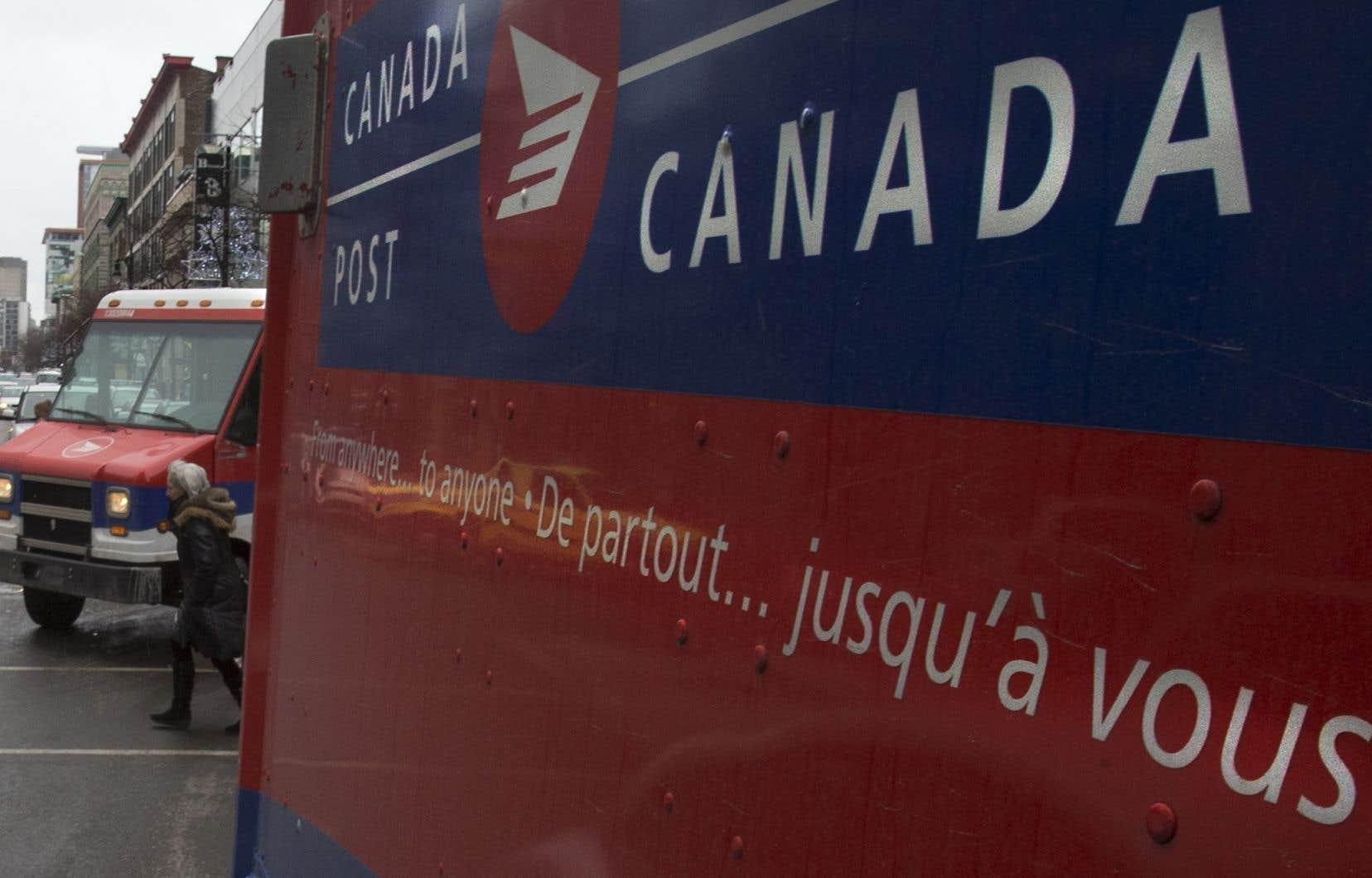 Postes Canada rappelle qu'il n'y a pas de service de livraison ni de ramassage de courrier ou de colis dans les zones touchées pendant que le syndicat poursuit la grève.