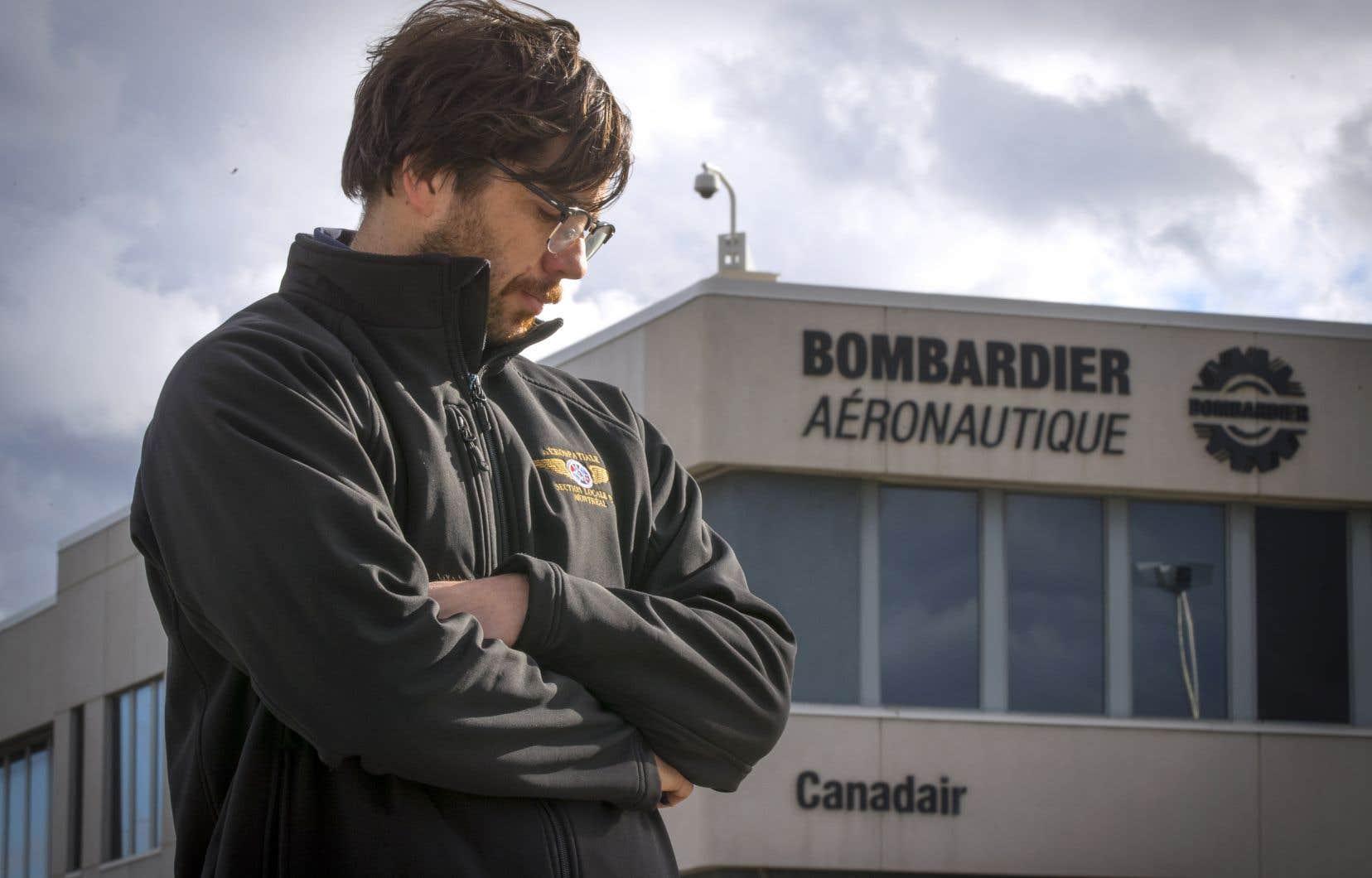 Au Québec, 2500 postes seront abolis d'ici 12 à 18 mois, principalement dans le secteur aéronautique.