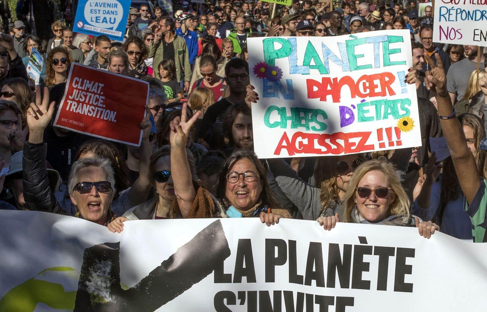 Pour plusieurs, la lutte écologique est inséparable de la lutte contre l'injustice sociale.