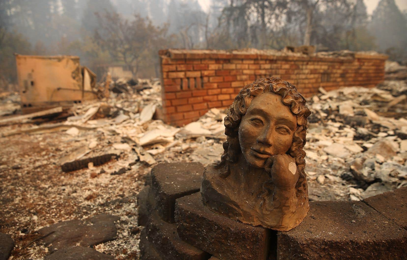 Depuis jeudi, plus de 6 700 bâtiments de Paradise, en majorité des maisons d'habitation, ont été consumés par l'incendie baptisé «Camp Fire».