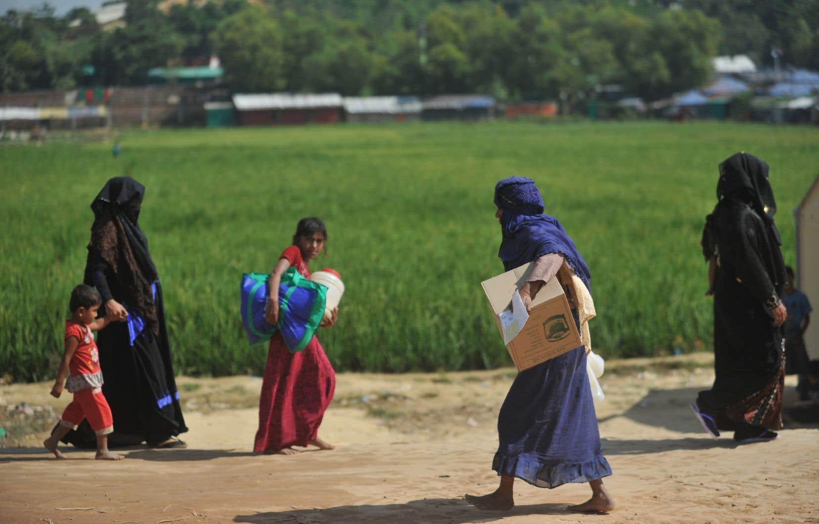 La perspective d'un retour a semé la panique dans les camps de réfugiés rohingyas du Bangladesh.