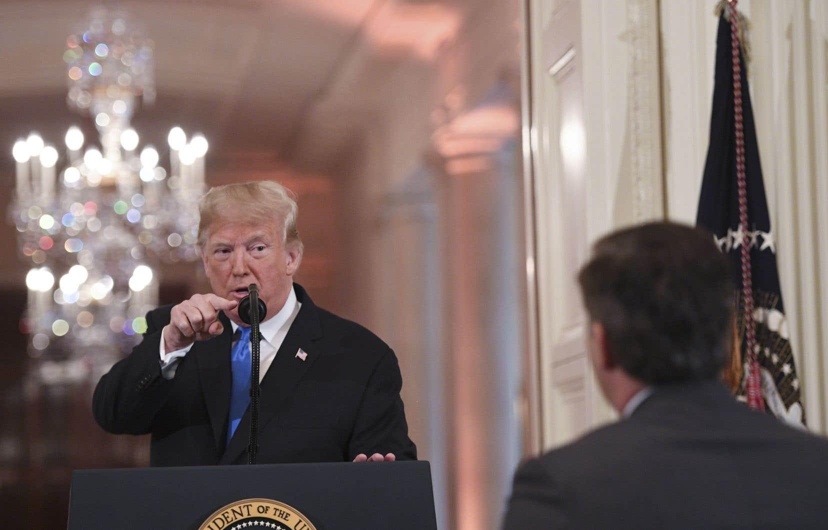 Depuis son arrivée au pouvoir, le président américain critique en particulier CNN, mais aussi de nombreux autres médias américains.