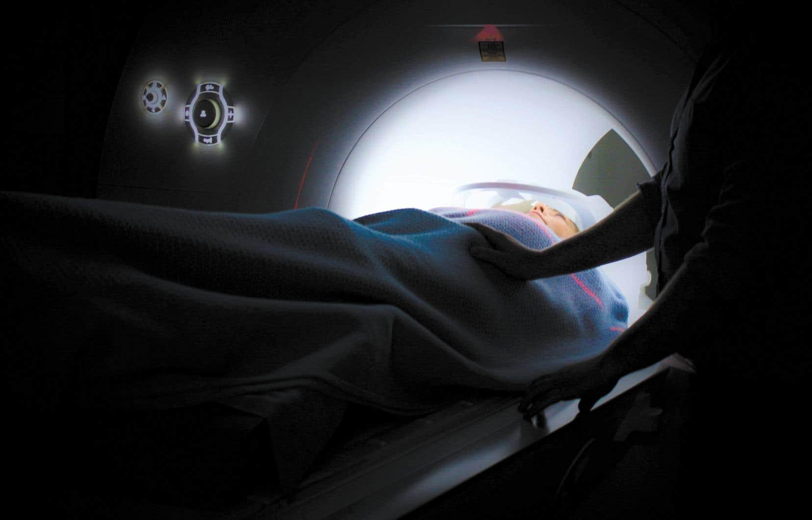 L'implantation de l'intelligence artificielle dans les hôpitaux et autres cliniques privées est l'un des sujets prioritaires depuis plusieurs années dans le secteur de la santé.