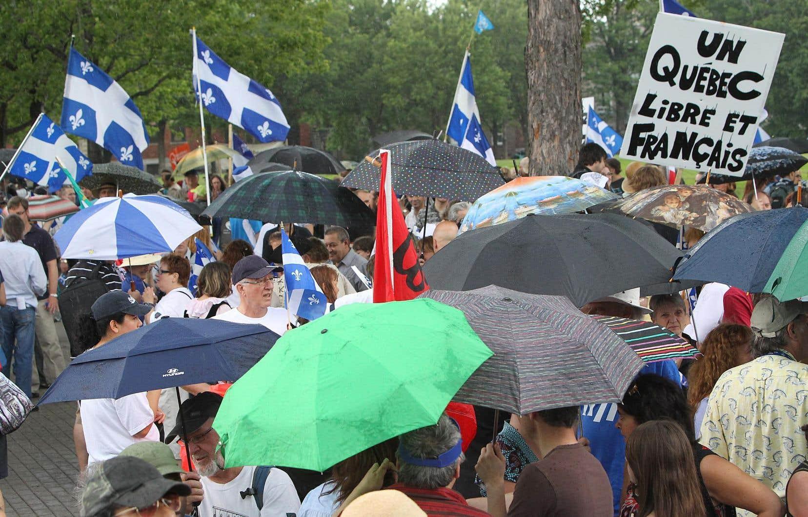 «Le chef du PQ ne peut plus prétendre être le chef du mouvement souverainiste québécois. Ce mouvement est maintenant éclaté sur le plan partisan», écrit l'auteur.