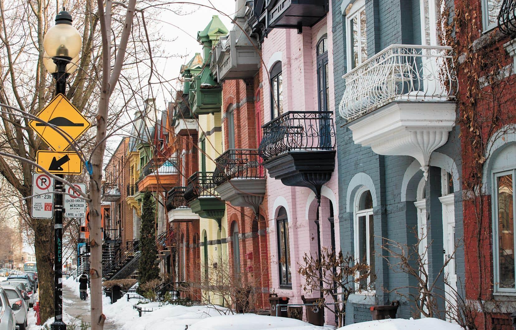 À Montréal, ce ne sont pas les sommets de Griffintown qui remportent la palme de la densité, mais bien les rangées de triplex colorés de l'arrondissement du Plateau-Mont-Royal.