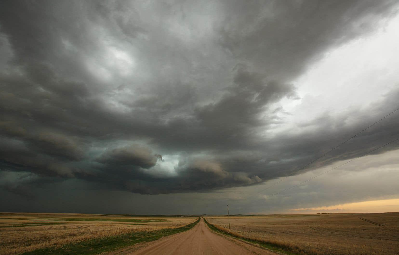 Jusqu'à maintenant, les scientifiques se sont penchés sur ces catastrophes principalement par type. Mais l'étude publiée lundi dans la revue <em>Nature Climate Change</em> met en garde contre la possibilité, voire la probabilité qu'elles se déchaînent en cascade.