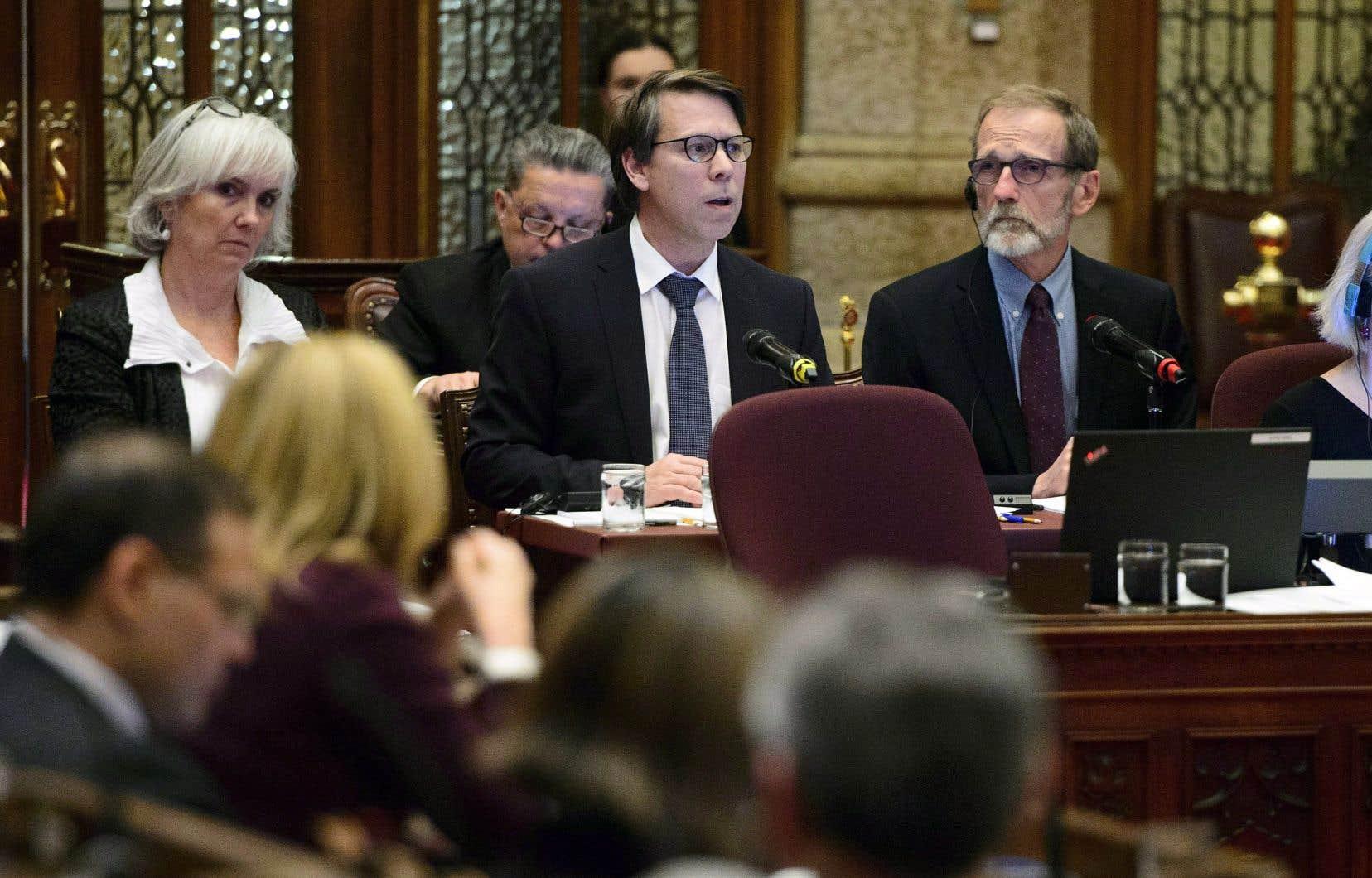 Directeur général des élections, Stéphane Perreault a comparu en commission parlementaire le 6 novembre pour l'étude du projet de loi C-76.
