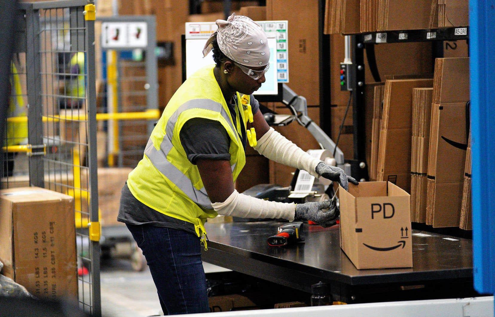 «Le fossé continue de se creuser entre les emplois hautement qualifiés peu répétitifs et les emplois peu qualifiés très répétitifs, ce qui risque d'accentuer encore les inégalités», souligne l'OCDE.