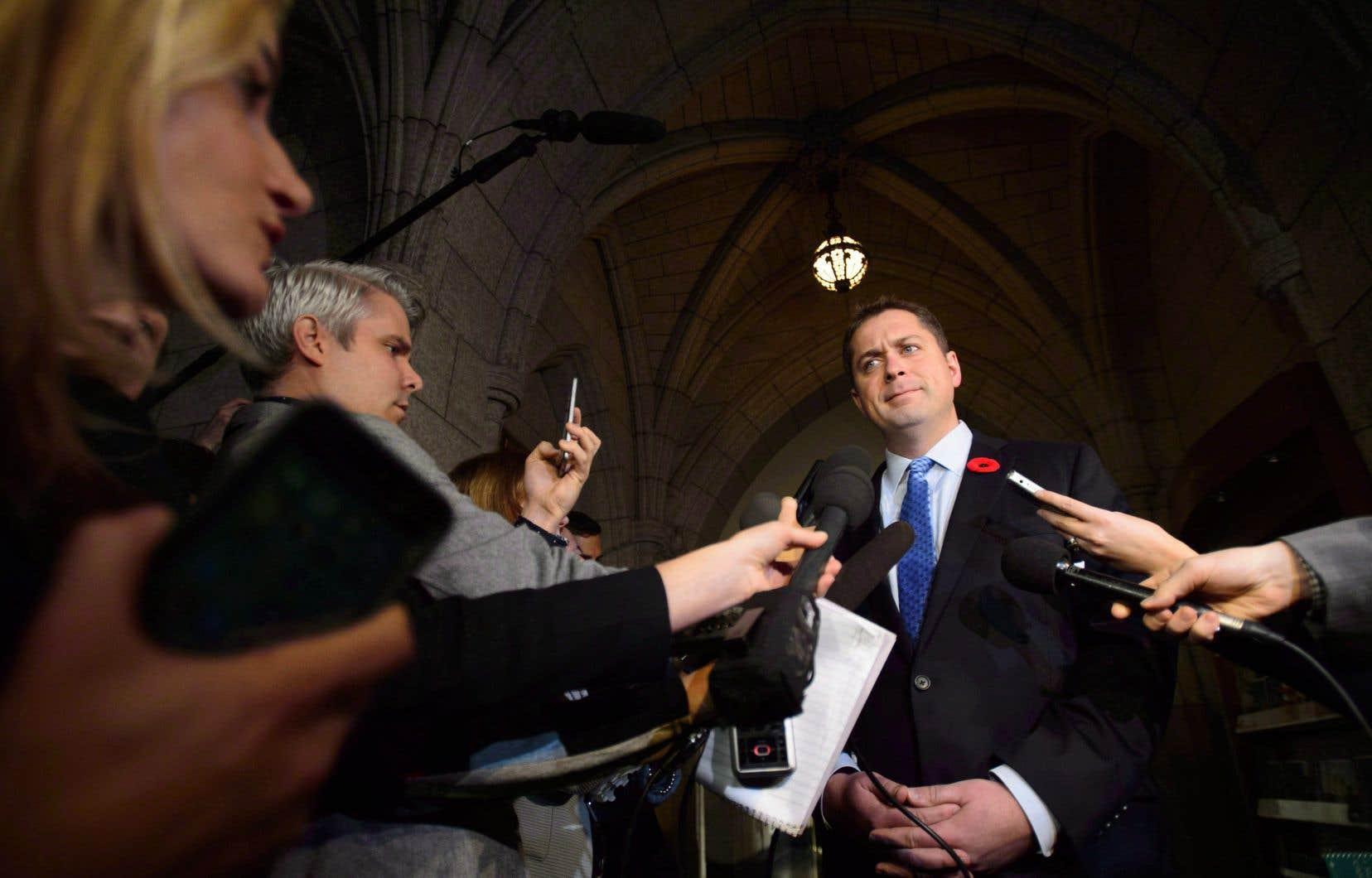 Les élus du parti d'Andrew Scheer ont martelé aux Communes que Justin Trudeau «soudoie les médias».