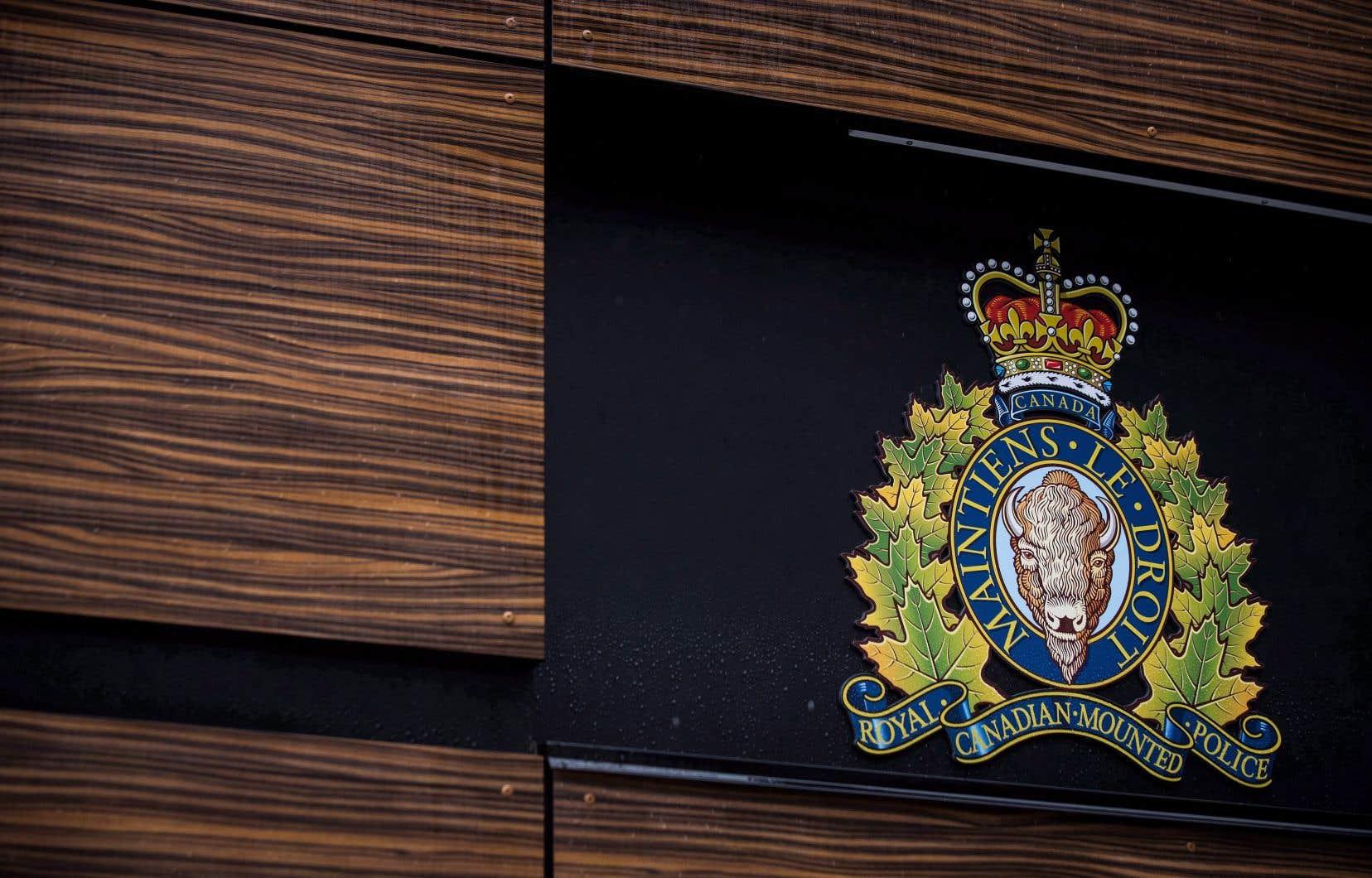La Gendarmerie royale du Canada a organisé deux ateliers afin de sensibiliser les entreprises aux risques d'espionnage industriel.