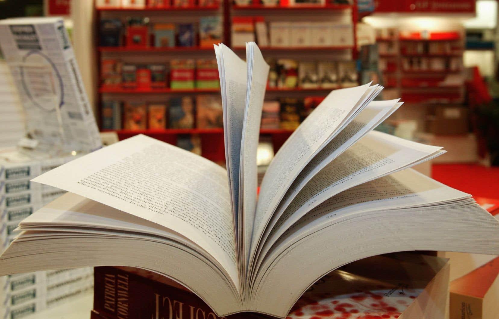 L'UNEQ aimerait également qu'il y ait plus de bourses pour davantage d'auteurs.