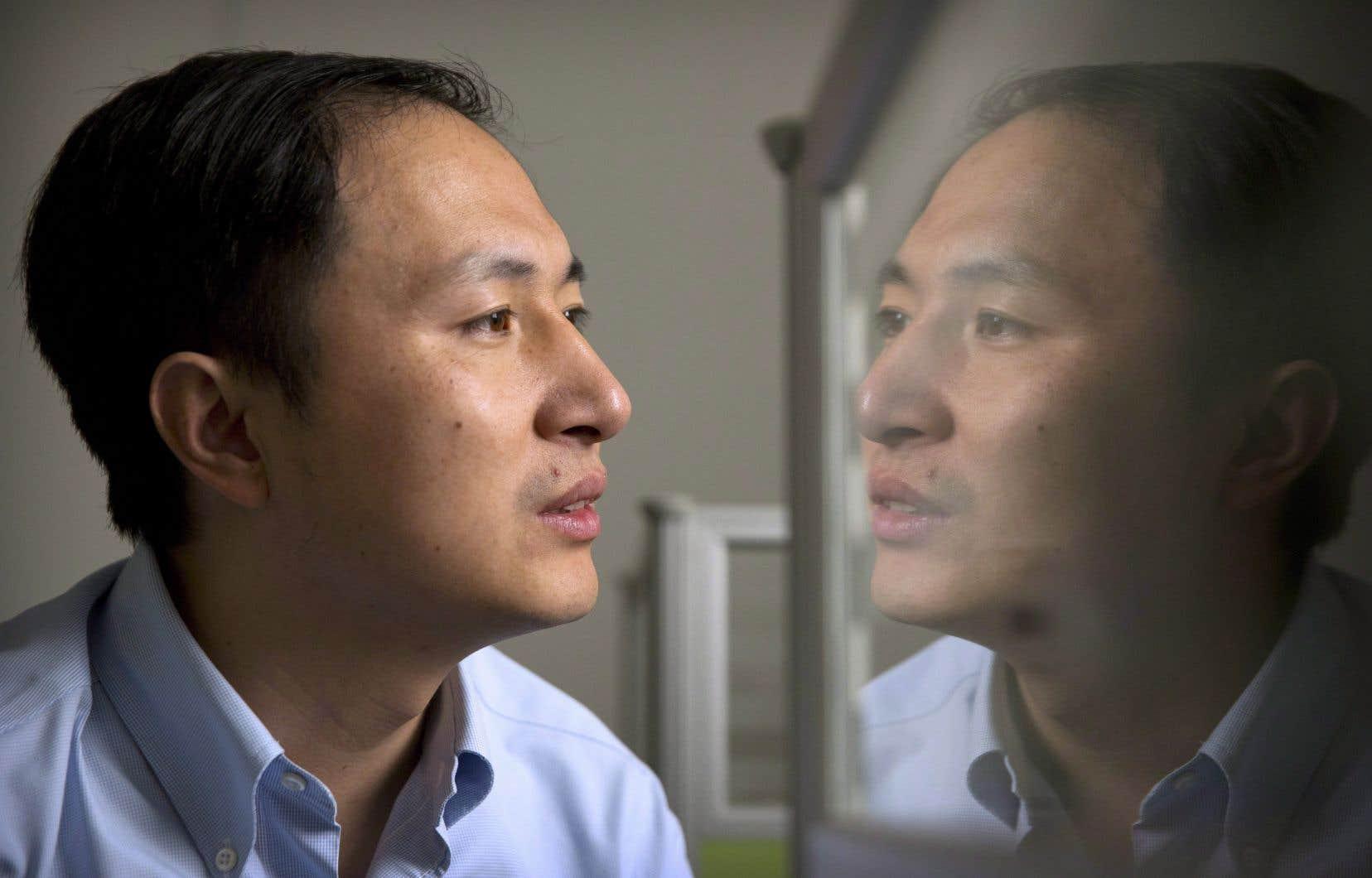 Le chercheur He Jiankui a annoncé dimanche la naissance de jumelles dont l'ADN a été modifié — une première médicale autoproclamée qui n'a pas été vérifiée de façon indépendante.