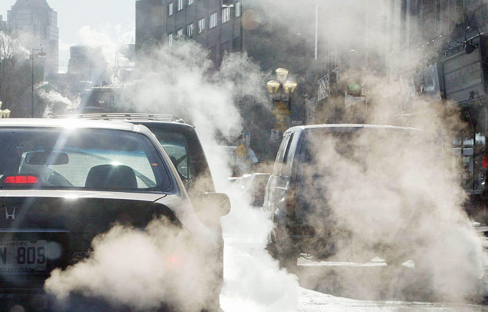Le transport routier est responsable du tiers des émissions québécoises de gaz provoquant les changements climatiques.