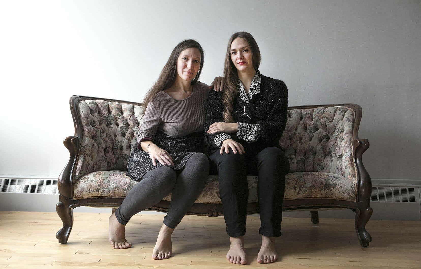 <p>La danseuse Katya Montaignac s'est associée à l'artiste visuelle et performeuse Nadège Grebmeier Forget pour codiriger «Attabler», un projet inédit.</p>