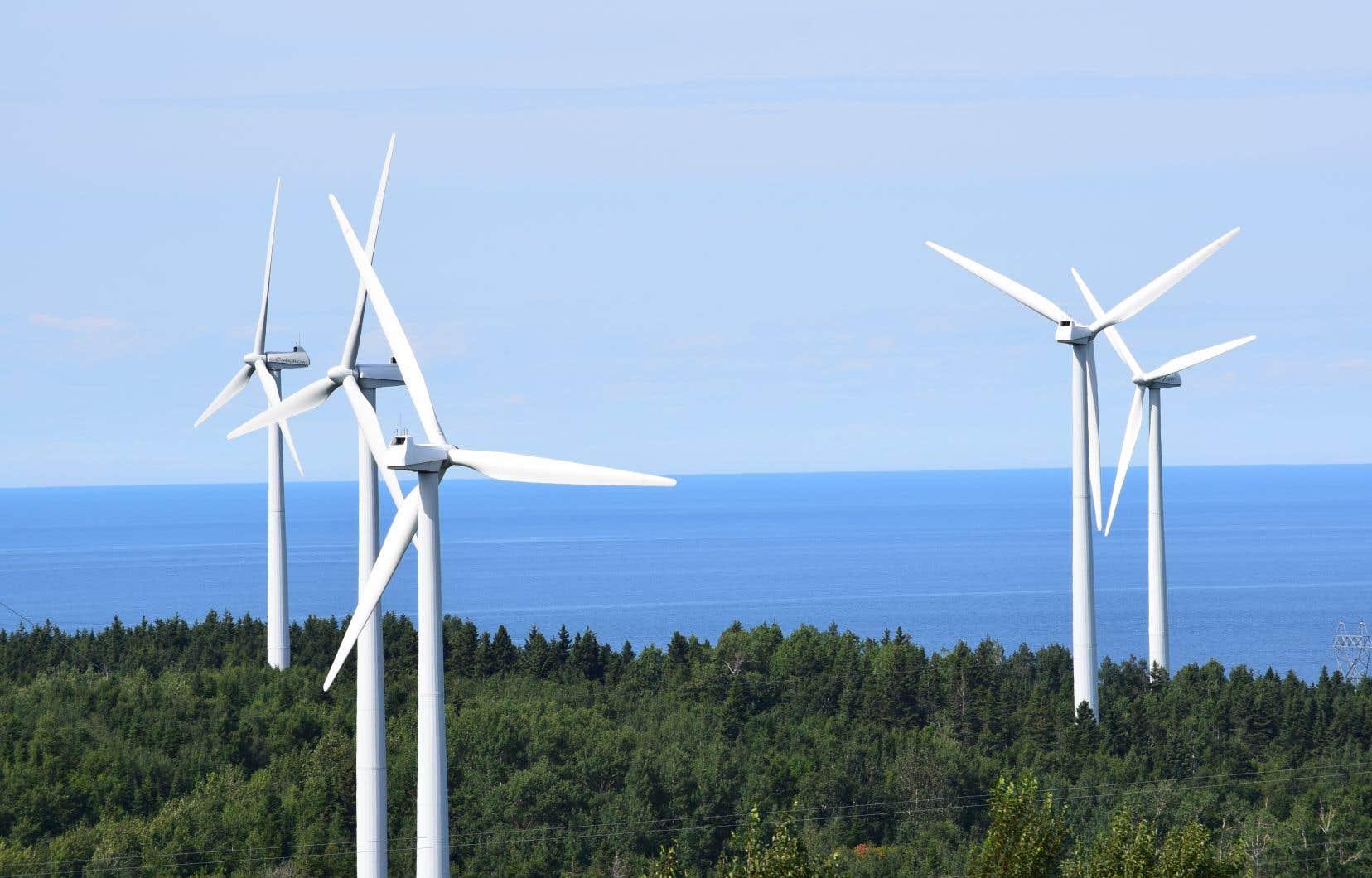 Selon le premier ministre, le parc éolien Apuiat des Innus de la Côte-Nord est un «beau projet».