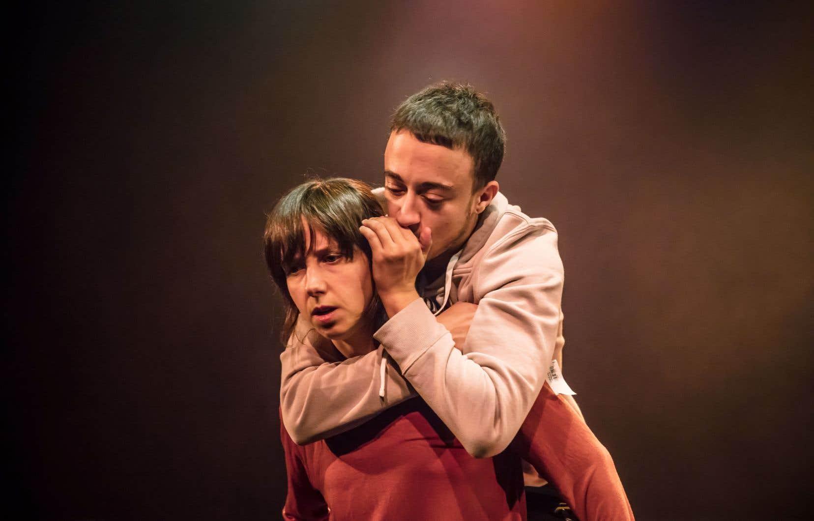 La danseuse Audrée Juteau et le rappeur trans Lucas Charlie Rose