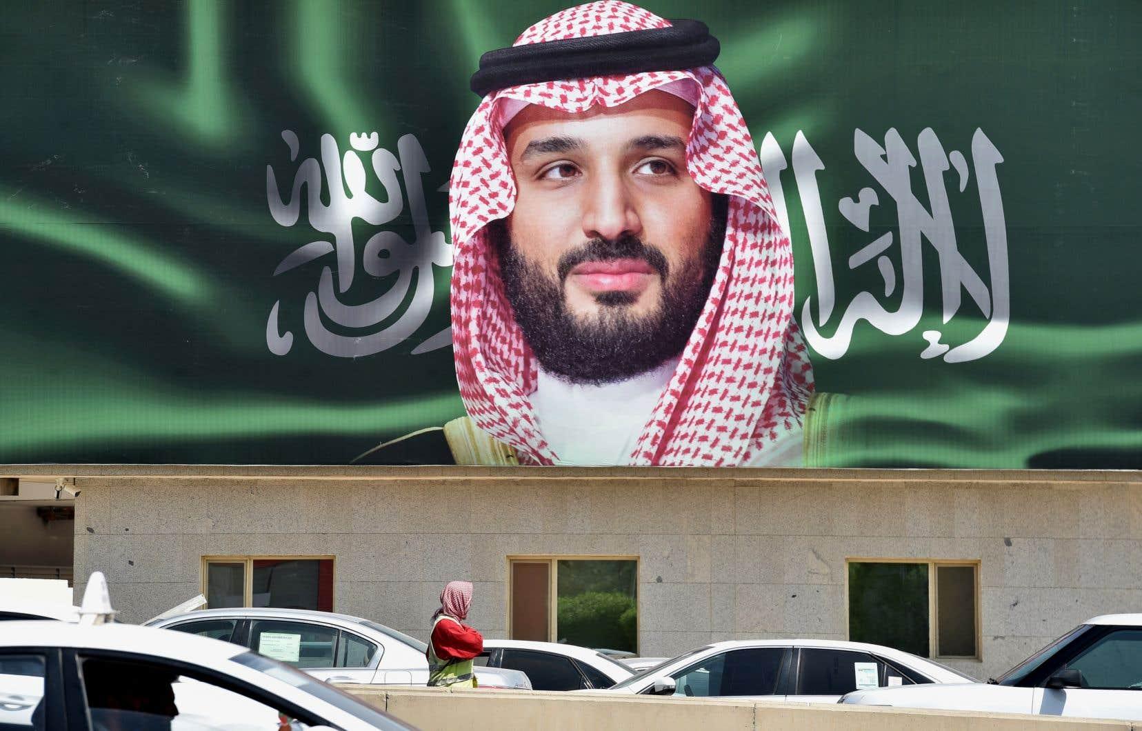 Dans un rapport, la CIA rapporte que le prince Mohammed ben Salman a écrit au moins onze messages à son plus proche conseiller, Saoud al-Qahtani, qui supervisait l'équipe de quinze hommes envoyés en Turquie pour tuer Jamal Khashoggi.