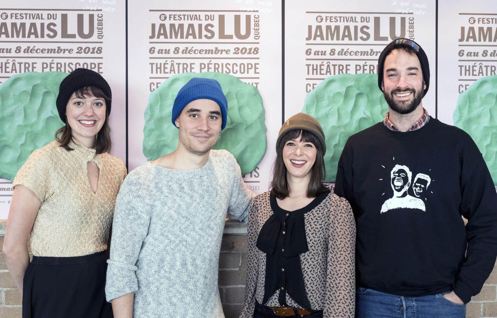 De gauche à droite: l'auteure Marianne Dansereau, le dramaturge Olivier Arteau, la directrice artistique du festival Jamais Lu, Marianne Marceau, et l'auteur Marc-Antoine Marceau