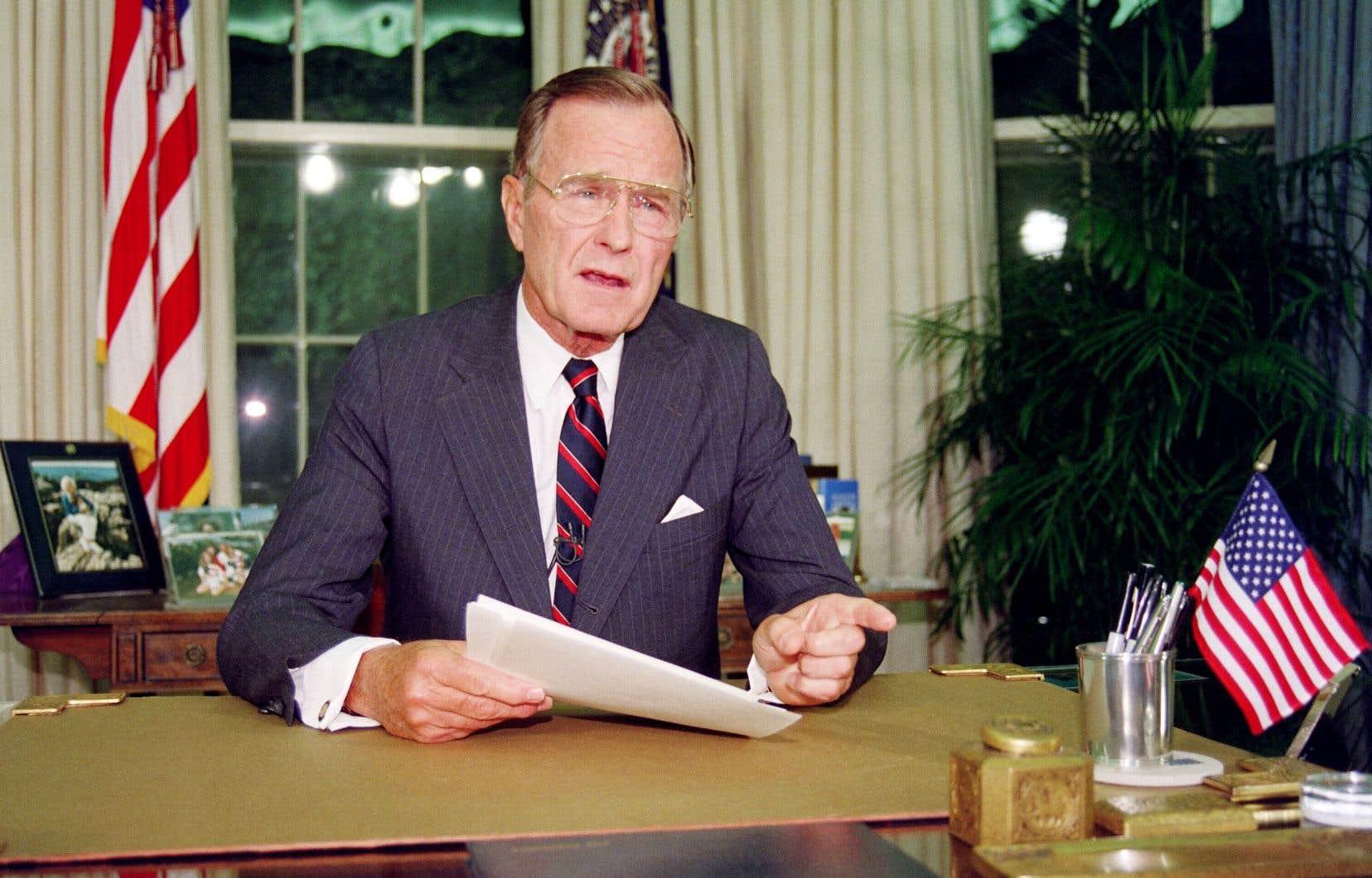 Comme Gerald Ford (2006), Ronald Reagan (2004) ou Richard Nixon (1994) avant lui, le 41eprésident américain sera enterré selon le protocole des obsèques d'État.