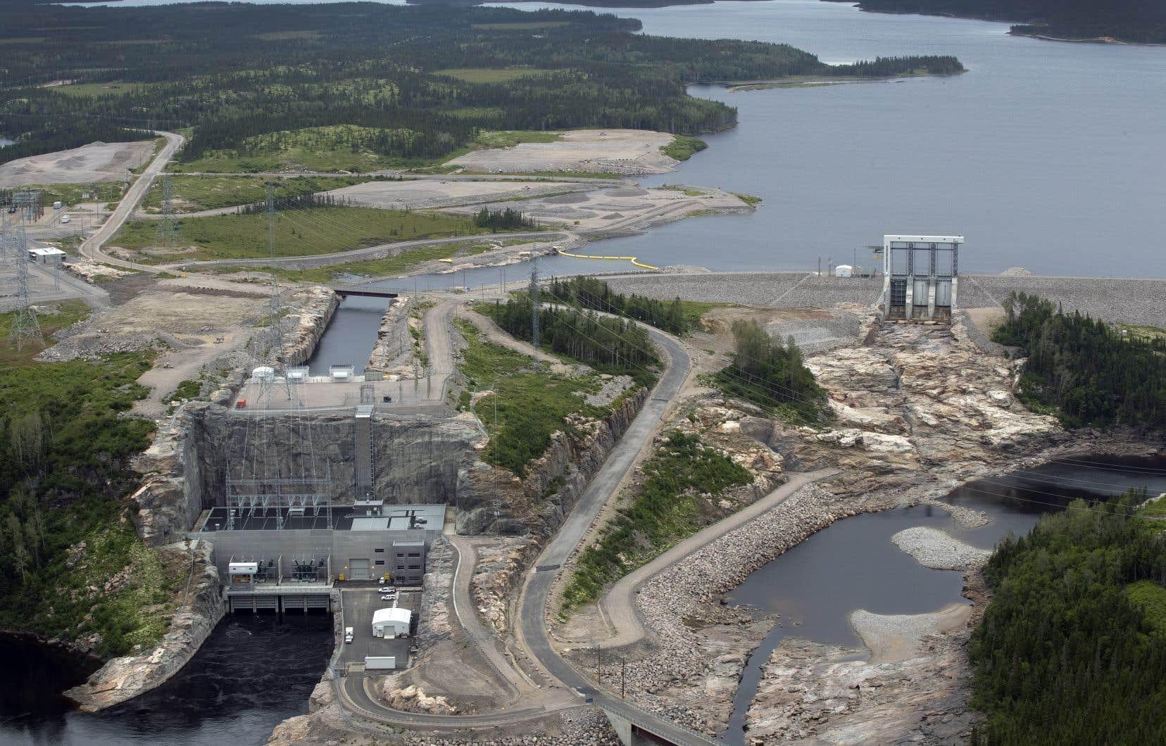 Les activités sur le chantier hydroélectrique de La Romaine, sur la Basse-Côte-Nord, reviennent tranquillement à la normale.