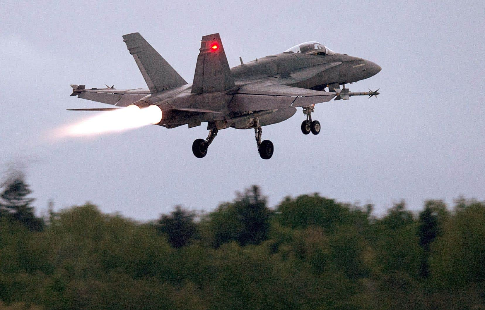 Les représentants de la défense ont été confrontés à des questions pointues des députés des deux côtés de la table lors de la réunion du comité de lundi sur le temps requis pour que ces nouveaux remplaçants aux CF-18 soient sélectionnés et livrés.