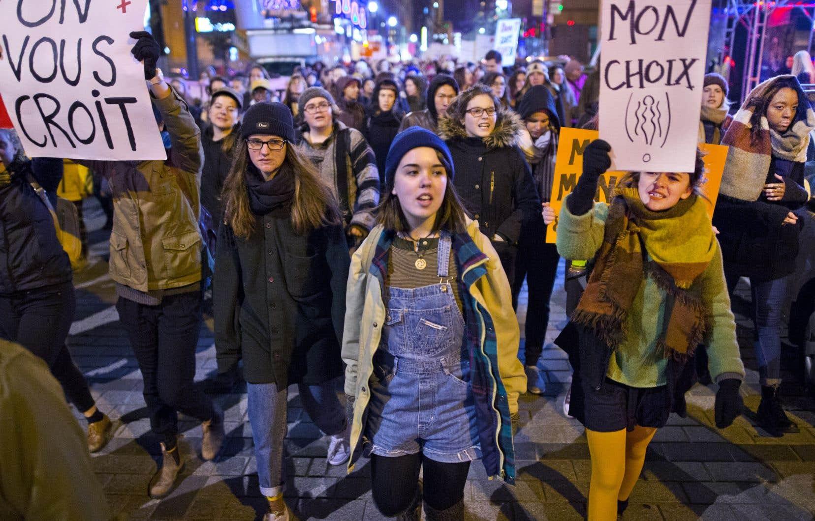 L'insatisfaction exprimée par certaines victimes d'agressions et de harcèlement sexuels à l'égard du système de justice a amené dans la dernière année plusieurs institutions à revoir leurs façons de faire.