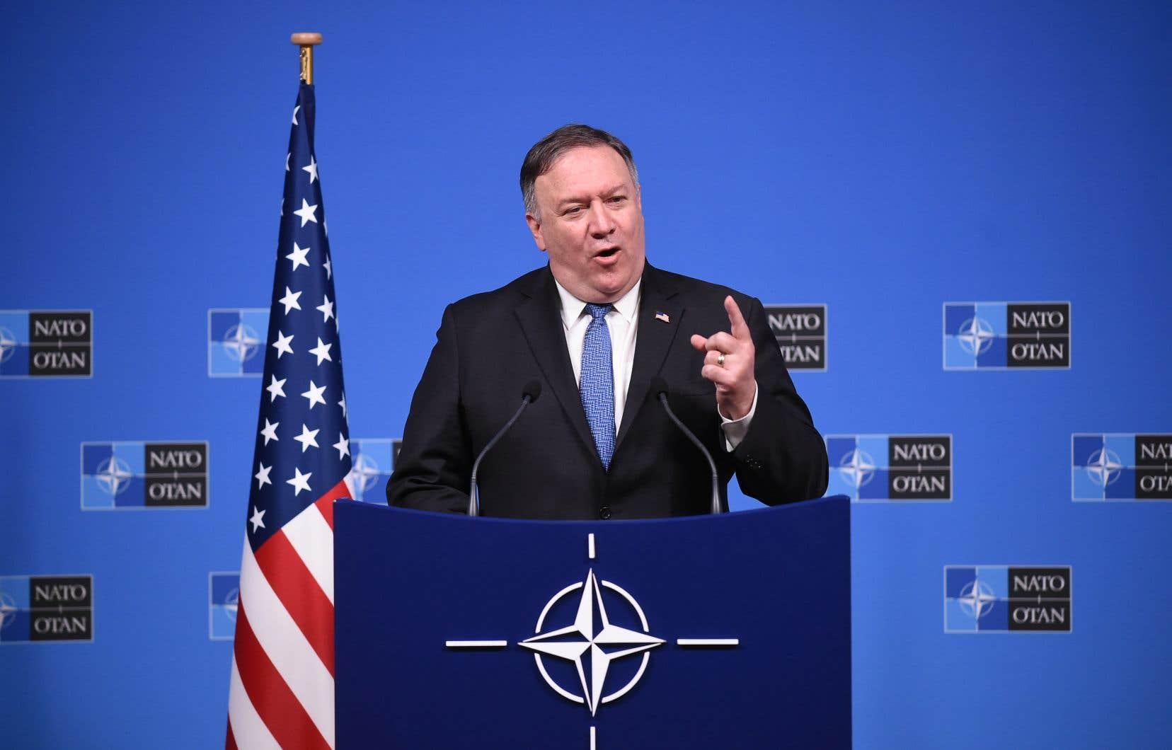 «Les États-Unis déclarent aujourd'hui que la Russie a violé le traité et nous suspendrons nos obligations dans 60 jours, à moins que la Russie ne respecte ses obligations de manière vérifiable», a annoncé le secrétaire d'État américain, Mike Pompeo.