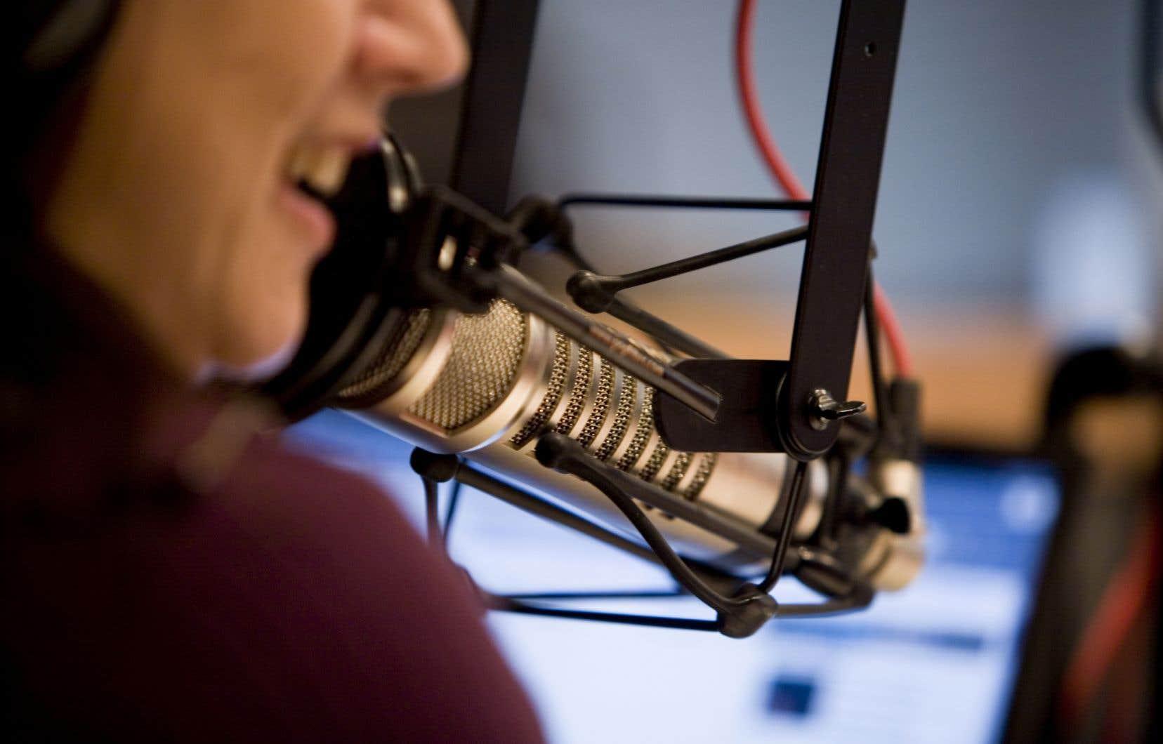 La radio anglophone CHOM, qui compte sur le nouveau directeur musical Pierre Landry, a dépassé Énergie dans les résultats généraux.