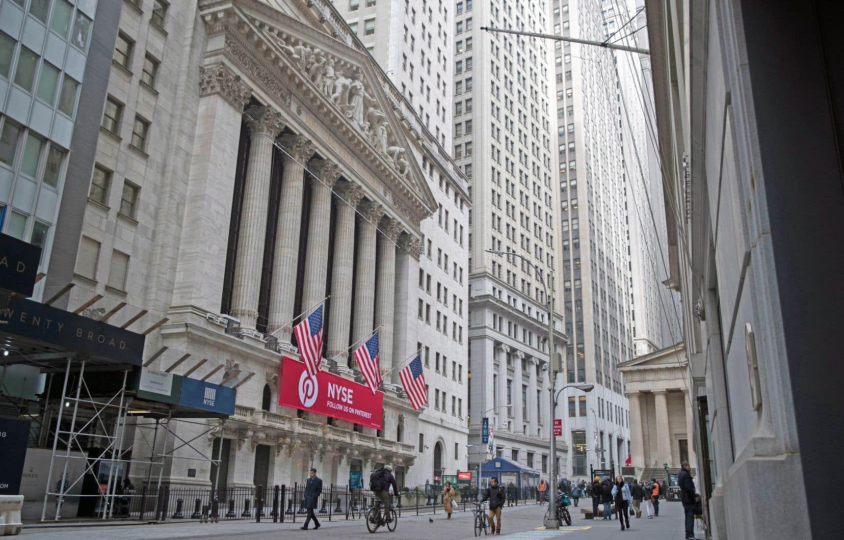 Mardi, le taux d'intérêt sur les bons du Trésor américains à dix ans a terminé à 2,91% contre 2,79% pour les bons à deux ans.