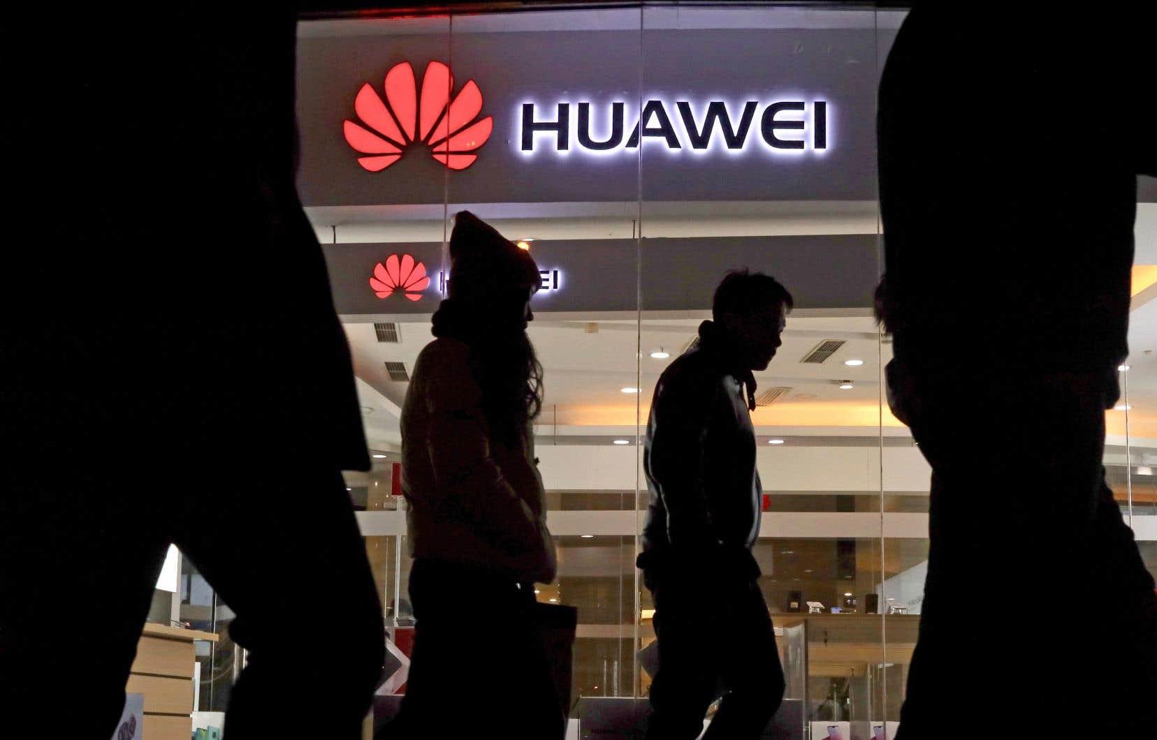L'arrestation de la directrice financière de Huawei, la plus importante compagnie privée chinoise, place le Canada au coeur d'une possible crise diplomatique.
