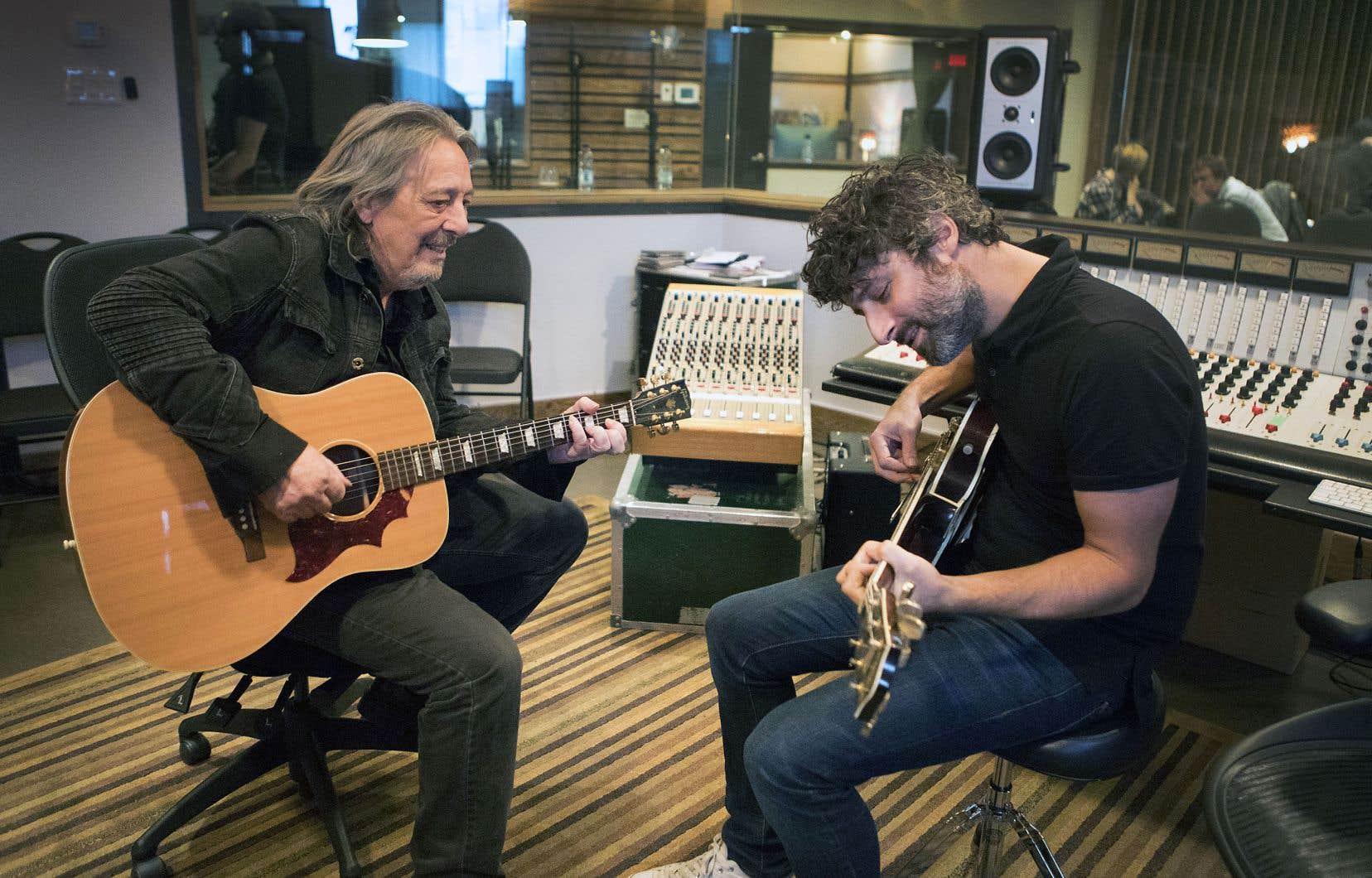 Serge Fiori révise lui-même ses chansons, avec la complicité de Louis-Jean Cormier.